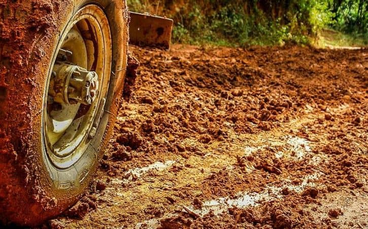Driving in Brazil - stuck in mud