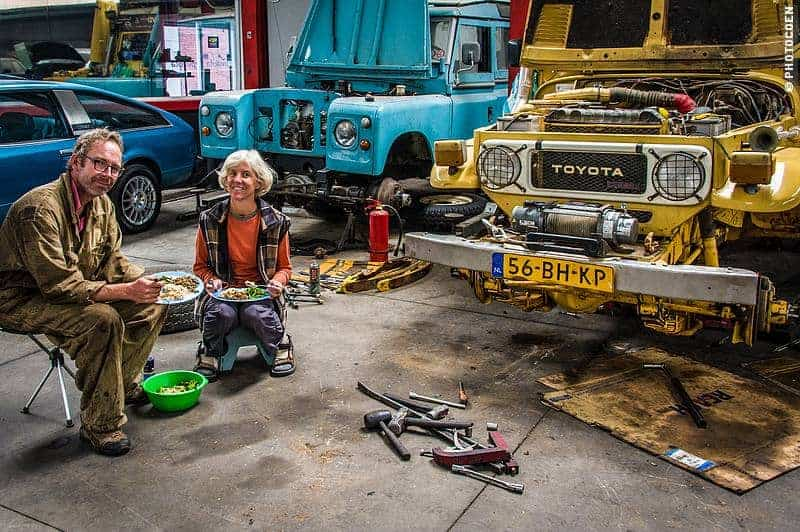 Camping in the car workshop in Quito