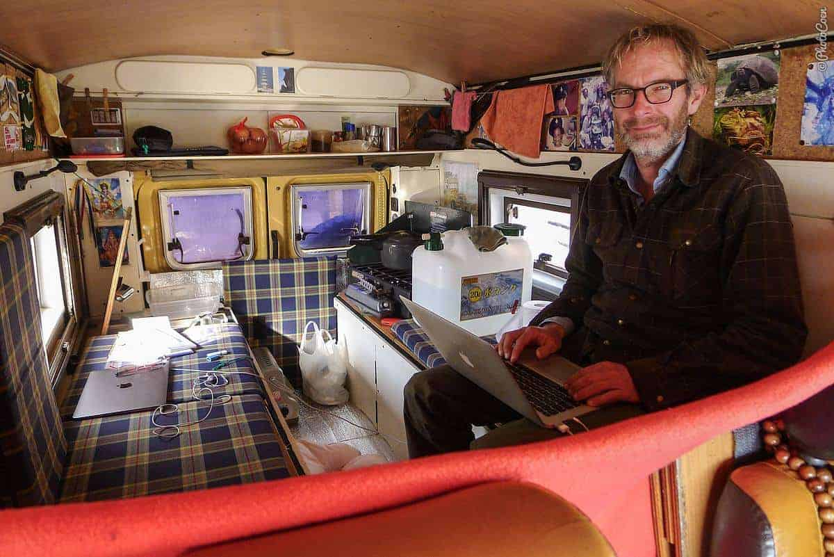 Prepare your overland vehicle: insulation and blankets