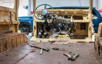 The Land Cruiser Restoration in Bolivia (1) – Starting the Overhaul