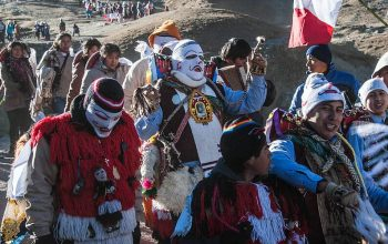 A Religious Festival in Peru – Following the Q'ollor Ritty Pilgrimage
