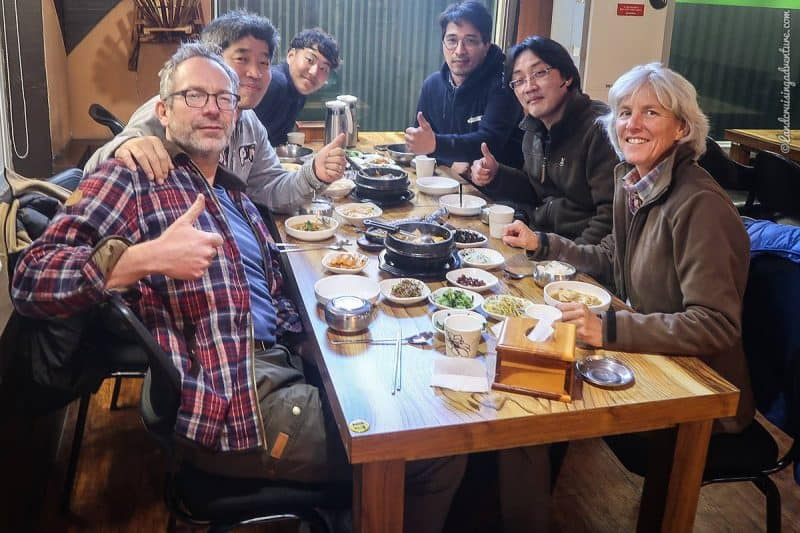 Sharing meals at Romance Factory in South Korea (©Coen Wubbels)