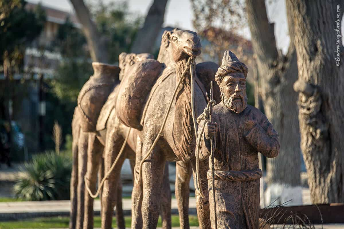 Silk Road History, statue of a caravan with camels