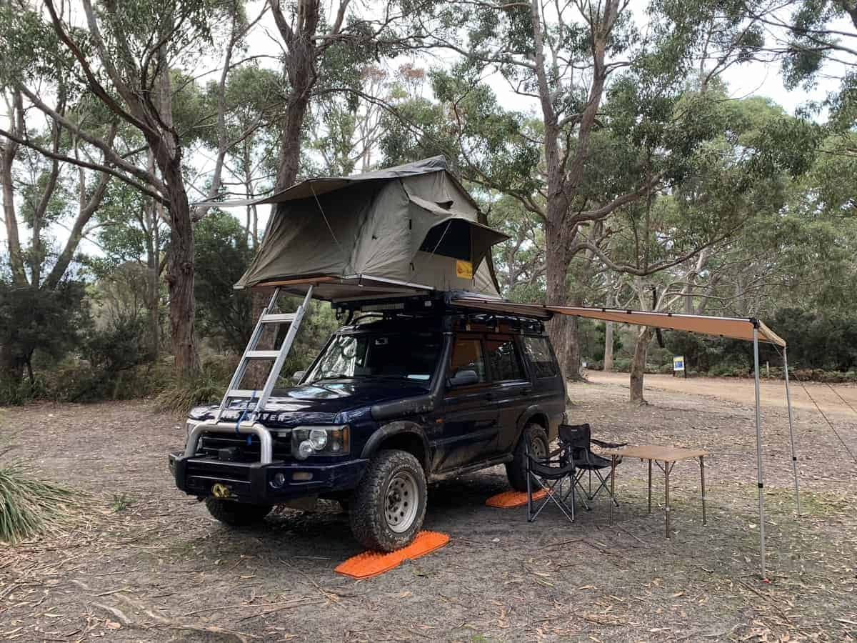 Maxtrax to level your overland vehicle (©Charlotte Webster)